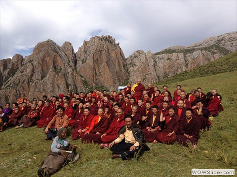 Lama Norlha Rinpoche with the Kala Rongo community